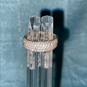 Jewelry - 14KT White Gold Diamond Band